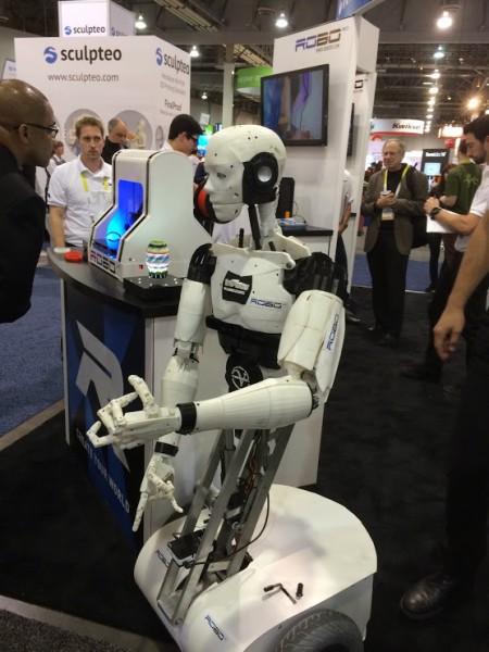 Robot inmoov